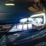 Jak wybrać producenta lamp samochodowych?